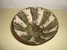Kähler (Herman A. Kähler) bowl. H: 6 cm D: 14,5 cm from about 1940-50s. Dark brown on the outside. Signed HAK. #kahler #ceramics #pottery #hak #bowl #dansk #keramik #skaal #danish