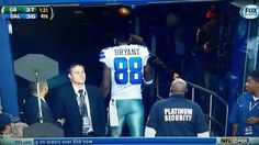 Dallas' Dez Bryant Left the Field Early to Cry in Private- http://getmybuzzup.com/wp-content/uploads/2013/12/231418-thumb.jpg- http://getmybuzzup.com/dallas-dez-bryant-left-field-early-cry-private/- Dallas' Dez Bryant Left the Field Early By EURpublisher02  *Dallas Cowboys receiver Dez Bryant apologized for leaving the field before the clock ran out in Sunday's loss, explaining that he didn't want to be seen crying on the sideline, reports ESPN. Bryant left th