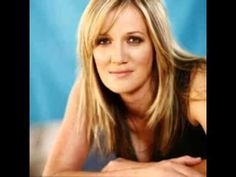 Juanita du Plessis My Pa is die Koning Kinds Of Music, My Music, Music Corner, Missing You So Much, Music Videos, Afrikaans, Daddy, Songs, Letter