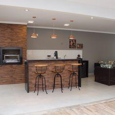 Nenhuma descrição de foto disponível. Backyard Kitchen, Home Decor Kitchen, Interior Design Kitchen, Barbecue, Bbq Grill, Basement Remodeling, Modern House Design, Home Kitchens, Decorating Kitchen
