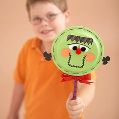 The funny face and rattling sound of this Frankenstein noisemaker are sure to scare away everything that goes bump on Halloween night.