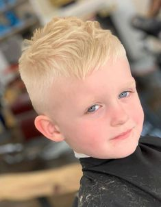 Taper Fade Haircut on the Sides with Short Bangs and Messy Top - Cool Boys Haircuts: Best Hairstyles For Little Boys Popular Boys Haircuts, Boy Haircuts Short, Cool Boys Haircuts, Toddler Haircuts, Little Boy Hairstyles, Baby Boy Haircuts, Haircut Short, Hairstyle Short, Hair Updo
