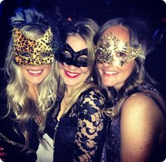 Bachelorette masquerade party! How fun would that be?