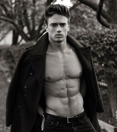 Marcin Michal Stasiowski by Thomas Synnamon Bodies, Vogue Brazil, Men Photography, Muscular Men, Dream Guy, Male Beauty, Male Body, Mens Fitness, Male Models