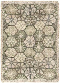 "Marianne Richter, ""stjärnor grön"" or ""green stars"" Rya Rug | Vintage Swedish Carpet | 46234 by Nazmiyal"