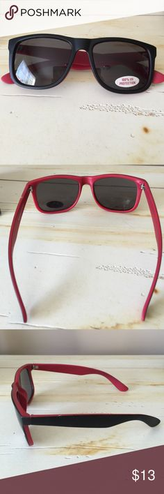 Classic retro style sunglasses NWOT classic retro style shades!  Never worn.  100% UV protection.  Attract all the attention with these stylish sunglasses :) Accessories Sunglasses