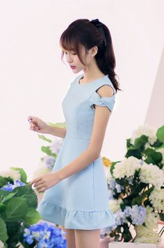 Korean fashion round neck strapless flounced short-sleeved dress