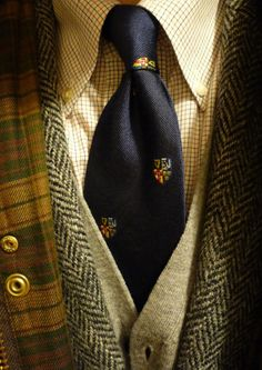 """Brooksweave tattersall, Harris Tweed, extra fine merino cardigan, Four Provinces club tie, Barbour Beaufort jacket. Another cold day. """" Cheers for. Sharp Dressed Man, Well Dressed Men, Barbour Beaufort Jacket, Formal Casual, Looks Style, My Style, Classic Style, Tweed Run, Tweed Jacket"""