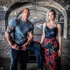 Dwayne Johnson has revealed the first look image at The Crown's Vanessa Kirby in Fast & Furious spin-off Hobbs & Shaw. The Rock Dwayne Johnson, Rock Johnson, Dwayne The Rock, Vanessa Kirby, Fast And Furious, Idris Elba, Jason Statham, Fallout, Princesa Margaret