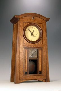 From Cats Eye Craftsman. Woodworking Furniture Plans, Woodworking Hand Tools, Woodworking Workshop, Woodworking Projects Diy, Woodworking Apron, Woodworking Chisels, Wood Projects, Craftsman Clocks, Craftsman Furniture