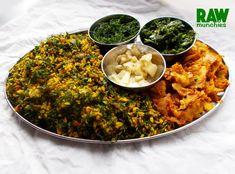 Raw Vegan Ash (Persian Rice) with Coconut Chicken   Rawmunchies.org #RECIPE HERE: http://www.rawmunchies.org/recipes #Raw #vegan #rawvegan #glutenfree #parsnip #persianrecipes #rawveganchicken #veganchicken