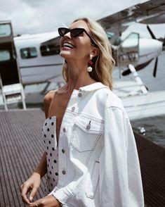 "9,590 Likes, 166 Comments - Saasha (@saasha_burns) on Instagram: ""White summer dresses... @forevernew_official #forevernewstyle"""