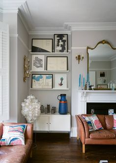 We've gathered our favourite Farrow & Ball paint colours in real homes so you can see exactly what they look like in situ, rather than just on the paint chart. 1930s Living Room, Victorian Living Room, Living Room Grey, Victorian Hallway, Victorian Decor, Hallway Paint Colors, Room Paint Colors, Paint Colors For Living Room, Wall Colours