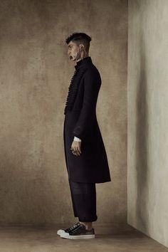 Menswear - Spring 2017 Alexander McQueen