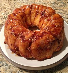 The Cookin' Chicks: Sticky Cinnamon Ring
