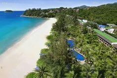 The luxurious Katathani hotel at the beach in Kata Phuket, luxury resort hotel accommodation ideal for families and couples Villa Phuket, Phuket Hotels, Hotels And Resorts, Costa, Luxury Holidays, Holiday Travel, Beach Resorts, Amazing Places, Villas