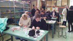 Liceo artistico STAGI di Pietrasanta: lezioni di ceramica, cartapesta e mosaico a una delegazione di insegnanti polacchi, febbraio 2016.