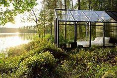 skleník u jezera