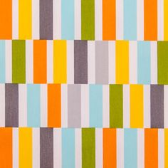Barras horizontais de riscas verticais, azuis, verdes, amarelas, cinza e laranja, contrastam cores e fazem este acetinado destacar-se por si só. Ideal para o quarto dos mais pequenos, cortinados, apontamentos decorativos, entre outros usos.