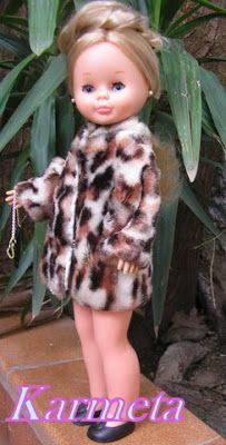 Nostalgia por Nancy de Famosa: ARMARIO: Abrigos y Gabardina American Girl Clothes, Doll Clothes, Nostalgia, Girl Outfits, Dolls, Doll Outfits, Cute Photos, Infancy, Closets