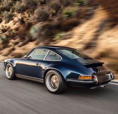 """Mi piace"": 37 mila, commenti: 159 - MEN'S FASHION POST (@mensfashionpost) su Instagram: ""#Porsche for the weekend! #mfpcars"""