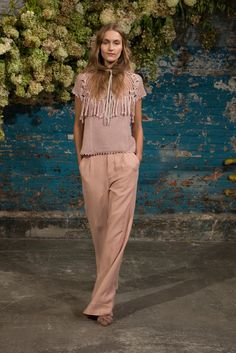 http://www.vogue.com/fashion-shows/spring-2016-ready-to-wear/ulla-johnson/slideshow/collection