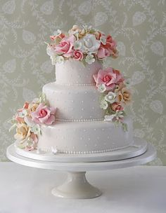 6 Floral Wedding Cake Ideas We're Totally Obsessed With Floral Wedding Cakes, Elegant Wedding Cakes, Beautiful Wedding Cakes, Gorgeous Cakes, Pretty Cakes, Cute Cakes, Amazing Cakes, Floral Cake, Take The Cake
