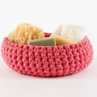 Lion Brand Pattern...  Large Crocheted Bowl in Fettuccini yarn....I so want to try this!!!