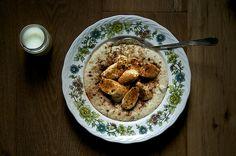 Porridge on milk with banana and cinnamon