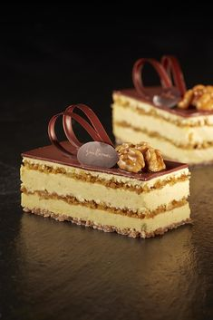 Goal - Italian Pastries, Pastas and Cheeses - Useful Articles French Desserts, Italian Desserts, Mini Desserts, Chocolate Desserts, Delicious Desserts, Low Carb Desserts, French Pastries Names, Italian Pastries, Pastry And Bakery