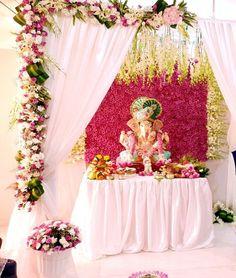 Diwali Decorations At Home, Festival Decorations, Ceremony Decorations, Flower Decorations, Flower Decoration For Ganpati, Ganpati Decoration Design, Mandir Decoration, Ganapati Decoration, Ganesh Chaturthi Decoration