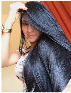 Indian Hair Cuts, Indian Long Hair Braid, Braids For Long Hair, Indian Hairstyles, Pretty Hairstyles, Glossy Hair, Long Black Hair, Silky Hair, Beautiful Long Hair