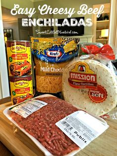 Today's recipe share is one of our youngest daughter's favorite meals and what she requested for her back-to-school dinner last week - Easy Cheesy Beef Enchiladas. Easy Cheesy Beef Enchiladas Easy Cheesy Beefy Enchiladas have Easy Dinner Recipes, New Recipes, Easy Meals, Cooking Recipes, Favorite Recipes, Dinner Ideas, Easy Mexican Food Recipes, Mexican Desserts, Vegetarian
