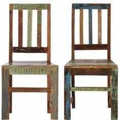 La línea Paradiso posee un halo de exotismo y un toque caribeño. Esto se debe a la madera antigua (con marcas de uso, rasguños, etc.), obtenida en gran parte de camiones y reutilizada en estos muebles. A ella se une madera nueva de estilo vintage, pintada parcialmente, y en la que dominan los tonos verde y azul. Así surgen piezas únicas, que resaltan especialmente bien en solitario. Aquí: Juego de 2 sillas individuales, fabricadas con listones de madera y pintadas intencionadamente en…