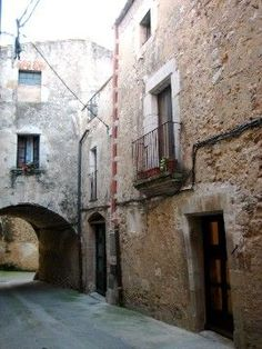 Home Exchange > Spain - Cataluna > Vilanant.  Beautiful house (over 300 years old) in Vilanant  , a quiet and ancient village near Figueres, the beaches of the Costa Brava and the french border.