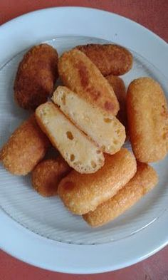 Sajtropogós, avagy hamis rántott sajt Cooking Tips, Cooking Recipes, Eastern European Recipes, Hungarian Recipes, Hungarian Food, Kitchen Hacks, Meal Prep, Main Dishes, French Toast