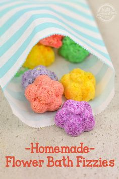 Make mom something she will really love this Mother's Day: Flower Bath Fizzies! You won't believe what one of the ingredients are! #ad @imperialsugar