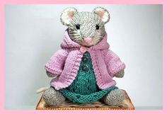 Knitted Mouse Toy in Springtime Dress and Hoodie Sweater No pattern Amigurumi Patterns, Doll Patterns, Knitting Patterns, Crochet Patterns, Crochet Mouse, Knit Or Crochet, Knitted Dolls, Crochet Dolls, Knitting Projects