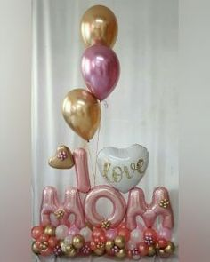 Mothers day balloons - adorable display for Mom on her special day! Birthday Balloon Decorations, Birthday Balloons, Birthday Parties, Balloon Arrangements, Balloon Centerpieces, Balloon Flowers, Balloon Bouquet, Balloon Gift, Balloon Garland