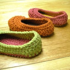Love this pattern, comfy slippers you can stuff in your purse when heading out to see family and/or friends.  Keep extra on hand for those who come to visit.