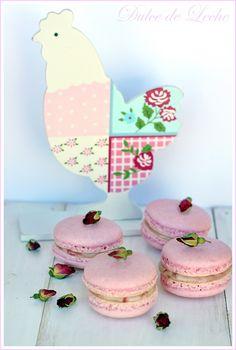 pink macarons with raspberry ganache ♥ Dessert