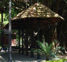 Centro de São Paulo: Coretos, ruínas do cnudo do Dr. Teodoro e antigo ponto de bonde - Jardim da Luz