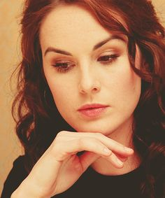 Michelle Dockery--her makeup is always so natural and pretty!