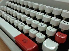 OLIVETTI LETTERA 45 Computer Keyboard, Electronics, Mandarin Oranges, Paper Envelopes, Computer Keypad, Keyboard Piano