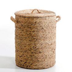 Artesanato com Corda de Sisal: 29 Ideias para Decorar sua Casa Woven Laundry Basket, Laundry Hamper With Lid, Sisal, Rope Basket, Basket Weaving, Diy Home Crafts, Easy Diy Crafts, Water Hyacinth, Kids Bedroom Furniture