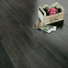 Bodrum Grey Wood Effect Laminate Flooring 2 13 M 178 Pack