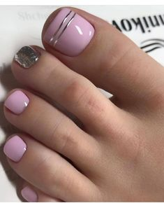 Our goal is to keep old friends, ex-classmates, neighbors and colleagues in touch. Wow Nails, Pretty Toe Nails, Cute Toe Nails, Sexy Nails, Toenail Art Designs, Pedicure Designs, Pedicure Ideas, Pink Pedicure, Pedicure Nail Art