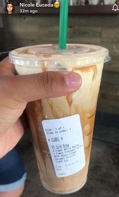 Starbucks Secret Menu Items, Healthy Starbucks Drinks, Starbucks Secret Menu Drinks, How To Order Starbucks, Starbucks Iced Coffee, Coffee Drinks, Craving Coffee, Wolfstar, Coffee Recipes