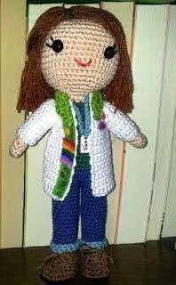 Muñeca personalizada, Ana, la profe #desayunoconganchillos