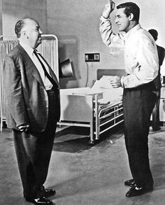 """On the set of """"North By Northwest"""", L to R: Alfred Hitchcock, Cary Grant. Hitch and Cary would work a total of four times: """"Suspicion"""" """"Notorious"""" """"To Catch a Thief"""" and """"North By Northwest"""" Alfred Hitchcock, Hitchcock Film, North By Northwest, Cary Grant, Golden Age Of Hollywood, Classic Hollywood, Old Hollywood, Hollywood Stars, Hollywood Picture"""